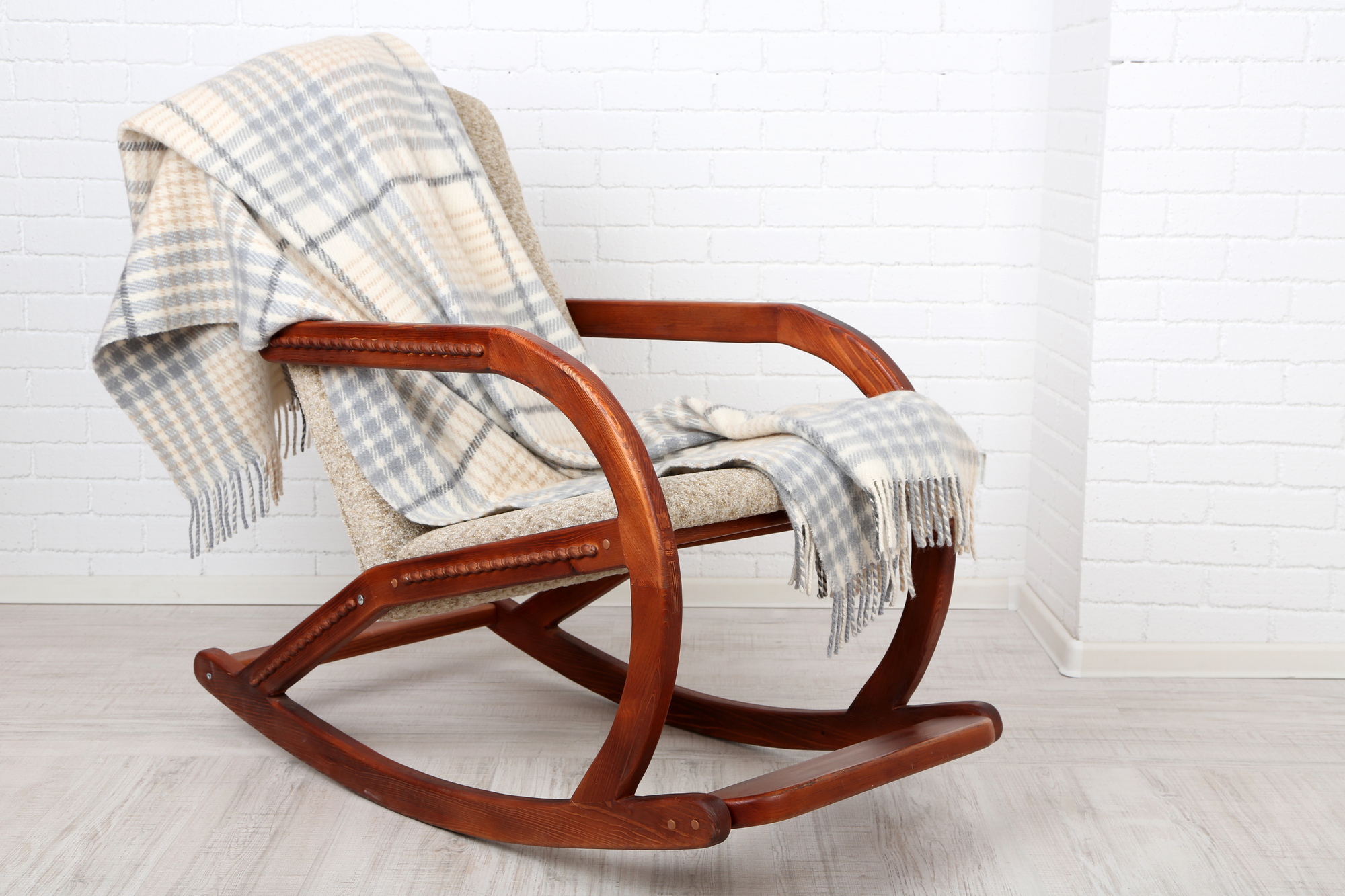 A rocking chair is used as a metaphor for self motivation
